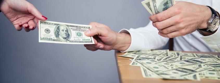 جزئیات افزایش ۴۰۰ هزار تومانی حقوق کارمندان و بازنشستگان